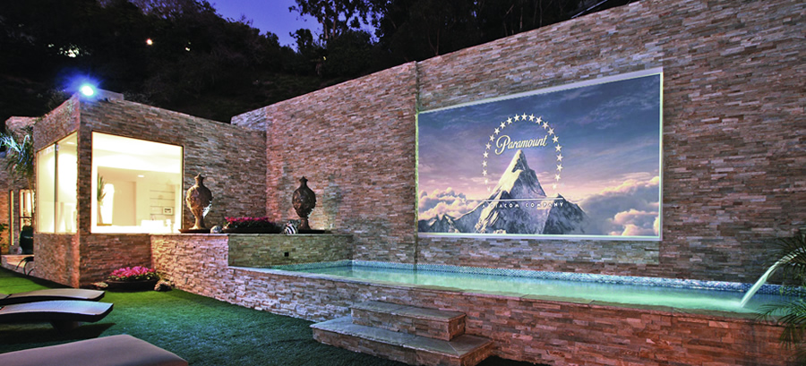 What are the Priorities for Planning Your Outdoor Entertainment?